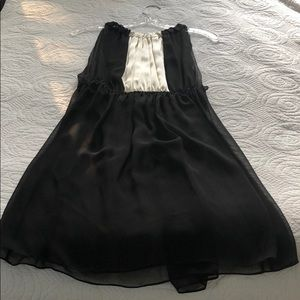 Vera Wang Over-Dress
